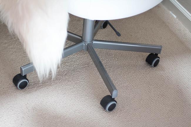 DIY-IkeaHack_GoldSKRUVSTA-2