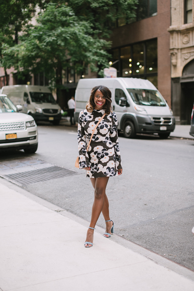 D.C. blogger Alicia Tenise styles the Suno Mock Neck Floral Printed Dress