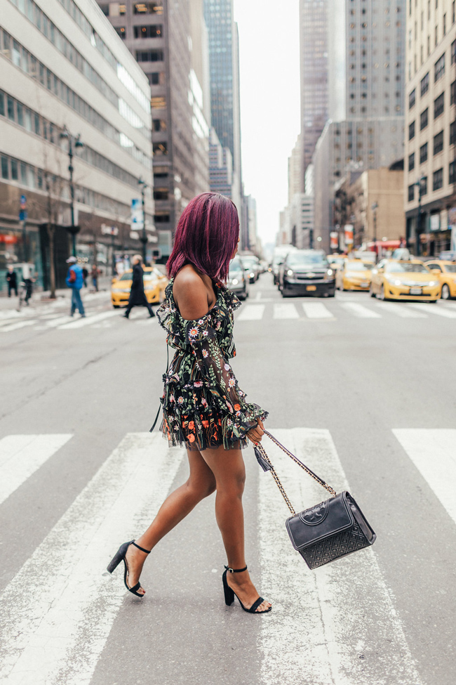 What to Wear to New York Fashion Week - Spring Date Night Outfit Ideas - @aliciatenise