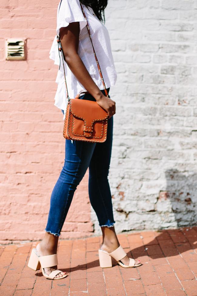 Dolce Vita Elize Mules, A Gold E Sophie Crop Jeans