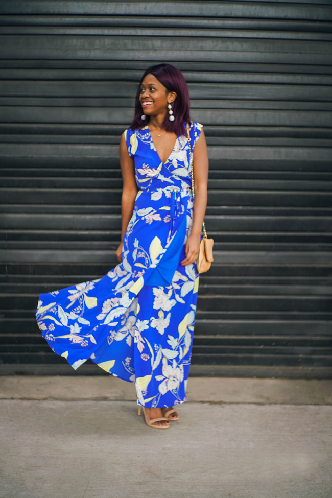 D.C. blogger Alicia Tenise styles the Yumi Kim Blue Floral Swept Away Maxi Dress