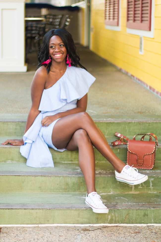 Style blogger Alicia Tenise wears the Viva Aviva Blue Takeo Dress