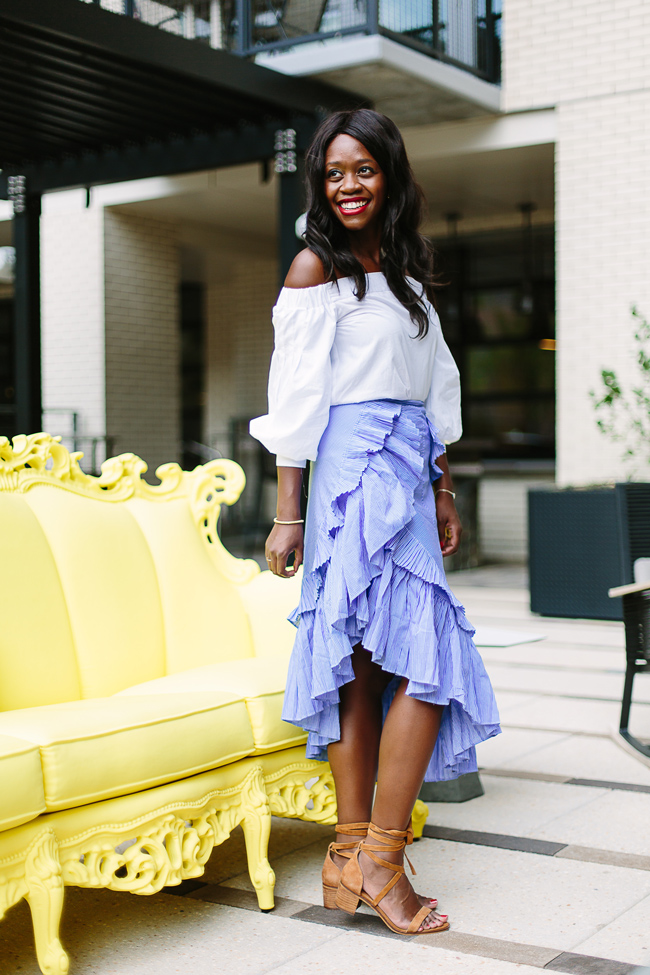 Philadelphia blogger Alicia Tenise styles the Chicwish Ruffle Tiered Frill Hem Skirt