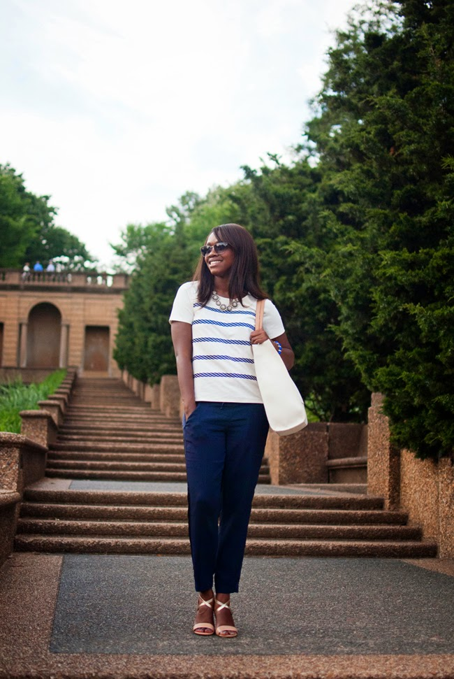 Meridian Hill Park Blogger Shoot - The Top 10 Best Places to Take Photos in D.C. featured by popular DC blogger, Alicia Tenise