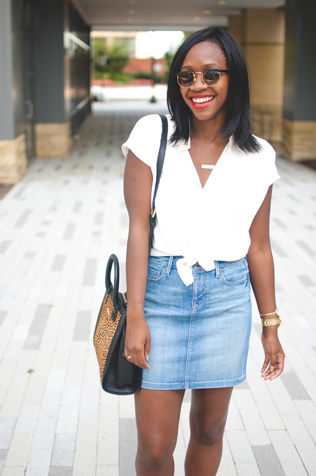 mini skirt look