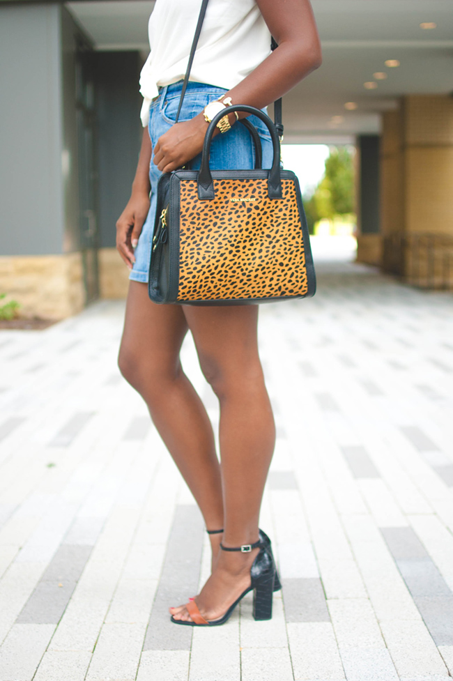how to wear a denim mini, denim skirt trend 2015, vera bradley cheetah  natalie