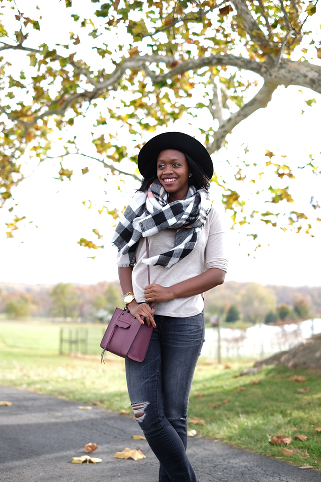 greenhill winery, madewell destroyed denim, plaid blanket scarf, what to wear to a winery, dc wine country
