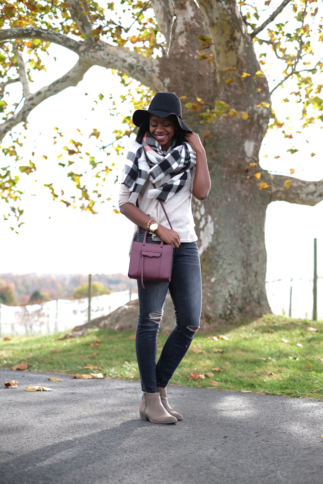 greenhill winery, madewell destroyed denim, plaid blanket scarf, what to wear to a winery, dc wine country, rebecca minkoff mini mab tote