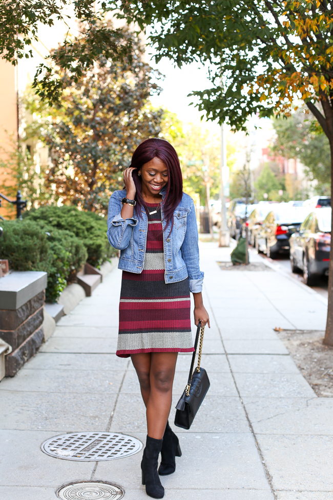 D.C. blogger Alicia Tenise styles the Sanctuary Sleeve Stripe Midi Dress and Tory Burch Fleming Bag