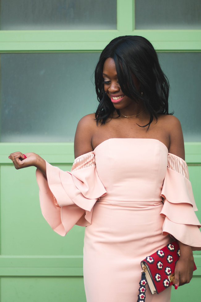 How to wear a ruffles sleeve off the shoulder dress