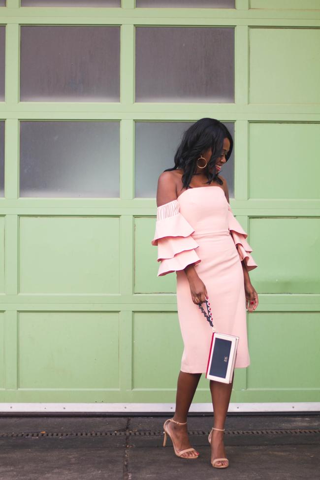 D.C. style blogger Alicia Tenise wears the Talulah Sunny Ruffle Dress