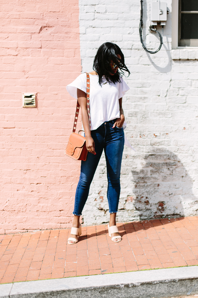 How to Dress Up Jeans and a White T-Shirt