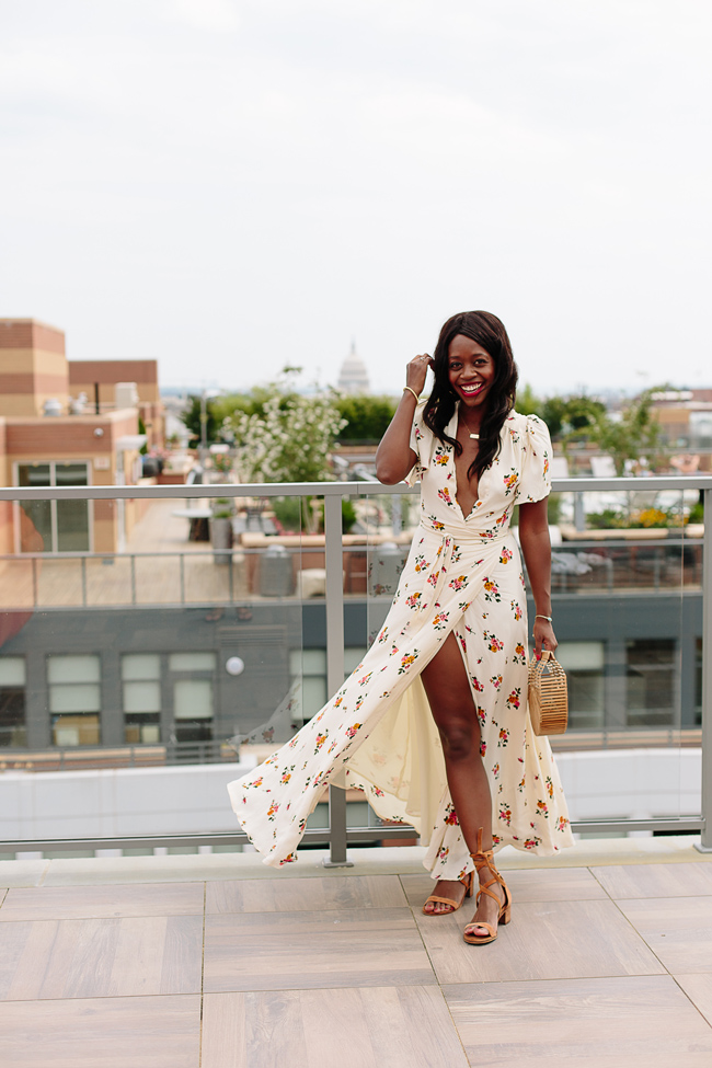 Rent the Runway Review featured by top US fashion blogger Alicia Tenise; Image of a woman wearing Privacy Please Plaza Kimono Dress.