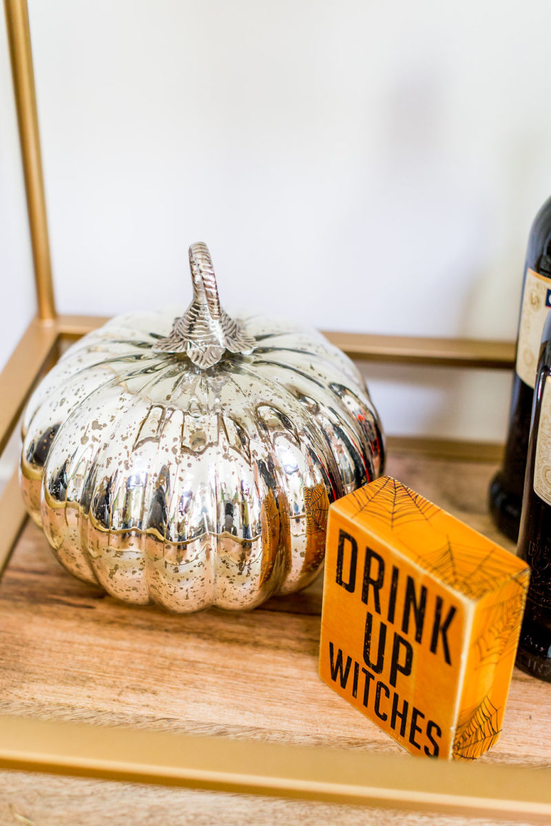Frightful Halloween Decorations Ideas: How to Decorate Your Apartment for Halloween by Washington DC style blogger Alicia Tenise