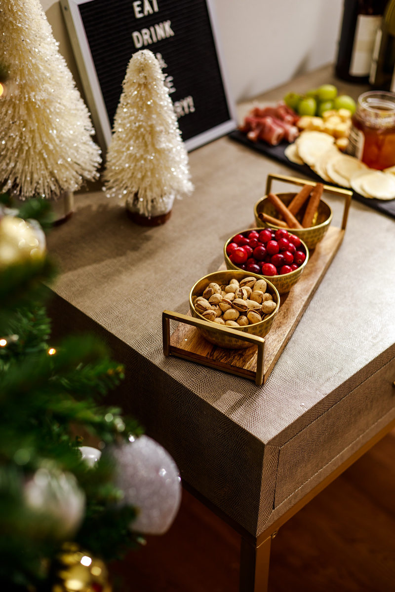How to Host a Holiday Party - Holiday Entertaining: How to Throw the Perfect Holiday Party by Washington DC style blogger Alicia Tenise