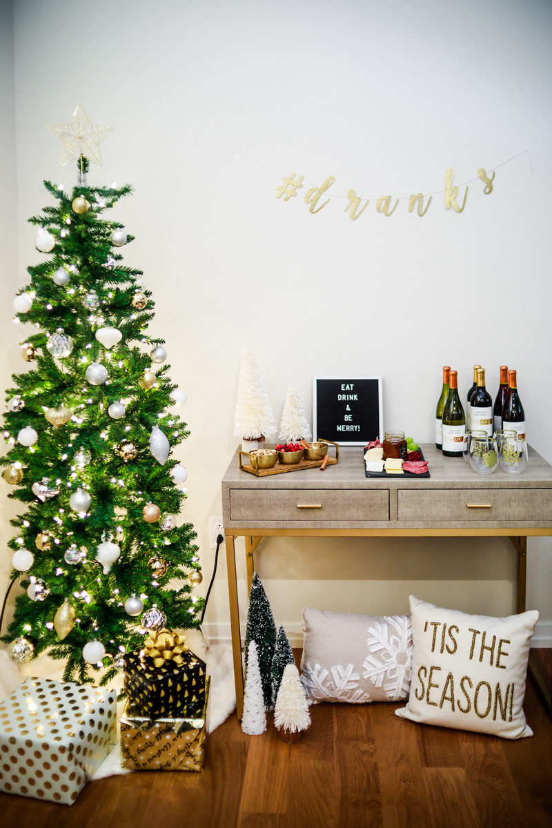 How to Set Up a Holiday Party - Holiday Entertaining: How to Throw the Perfect Holiday Party by Washington DC style blogger Alicia Tenise