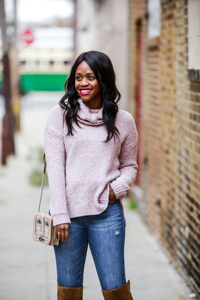 Casual Sweater for Thanksgiving - Two Thanksgiving Outfit Ideas by Washington DC fashion blogger Alicia Tenise