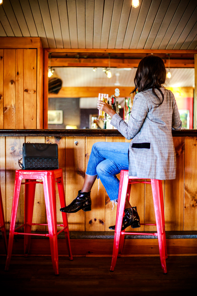 Lake House Lake Placid Bar - 48-Hour Travel Guide: Things to Do in Lake Placid by Washington DC travel blogger Alicia Tenise