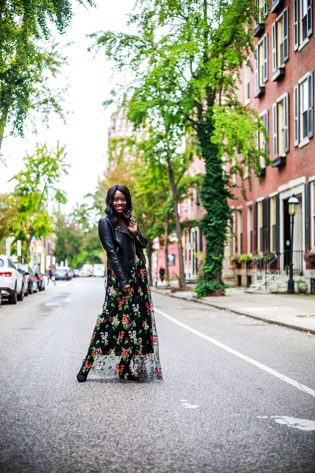 What to Wear on a Fall Date Night, Rittenhouse Pine Street Philadelphia - Living in Philadelphia: A 6-Month Check-In by popular style blogger Alicia Tenise