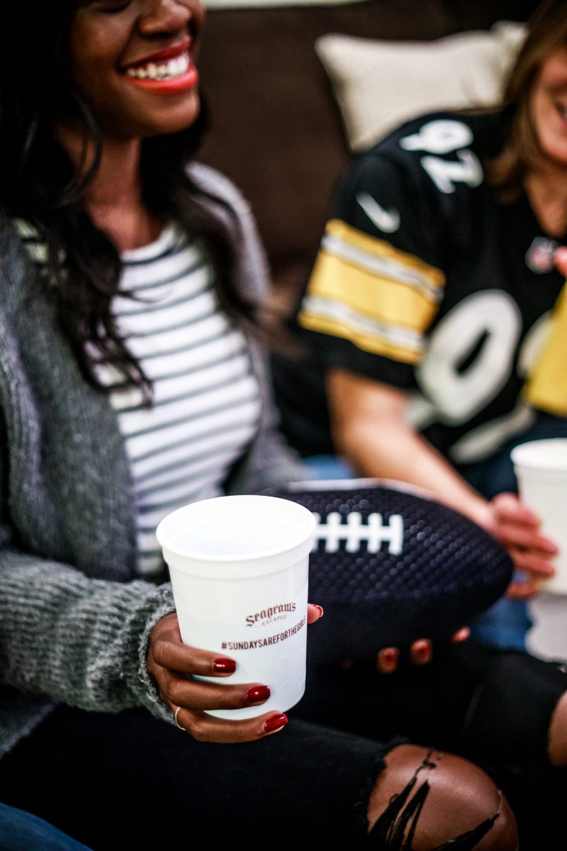 Seagram's Escapes Sundays Are For Girls NFL Party