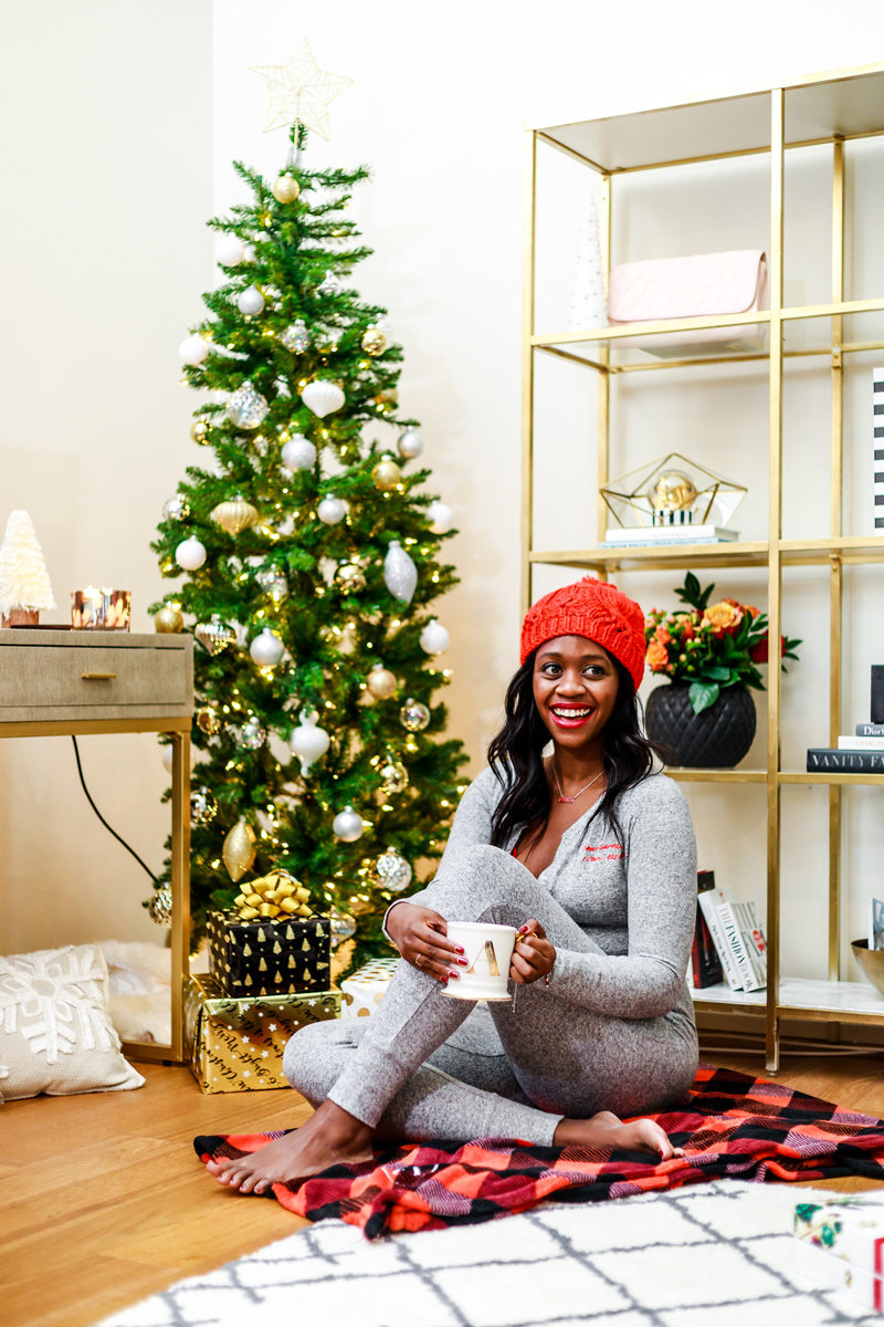 Festive Holiday Pajama Ideas from Aerie - The Best Holiday Pajamas by Washington DC style blogger Alicia Tenise