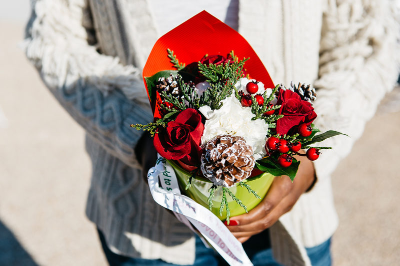 Teleflora Holiday Bouquet - Spreading Cheer This Holiday Season by Washington DC blogger Alicia Tenise