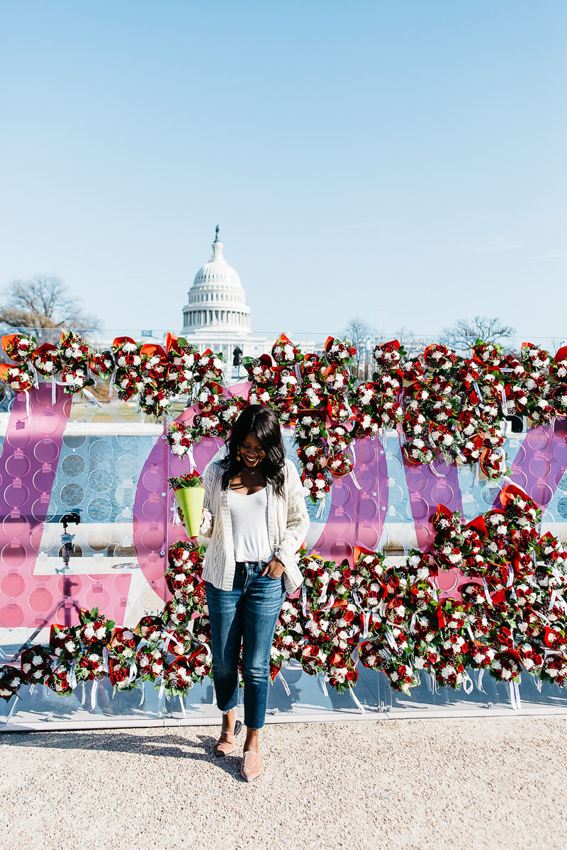 Teleflora Love Out Loud Wall in Washington D.C. - Spreading Cheer This Holiday Season by Washington DC blogger Alicia Tenise