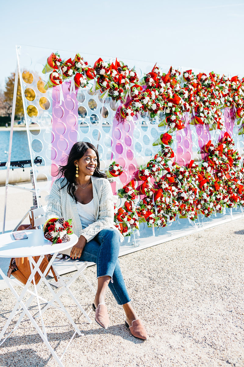 Wall Bouquet of Flowers Event Washington D.C. - Spreading Cheer This Holiday Season by Washington DC blogger Alicia Tenise