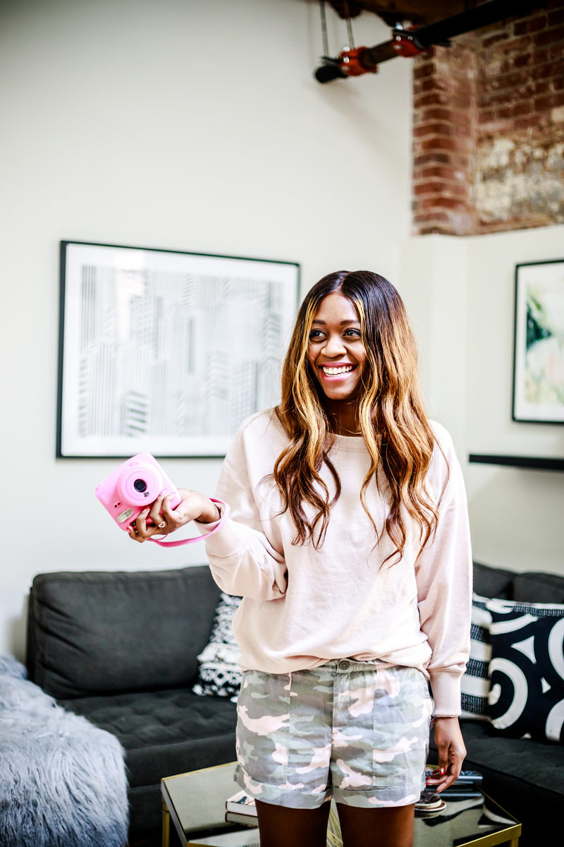 How to Wear Millennial Pink - Workaholic Symptoms by popular Washington DC lifestyle blogger Alicia Tenise