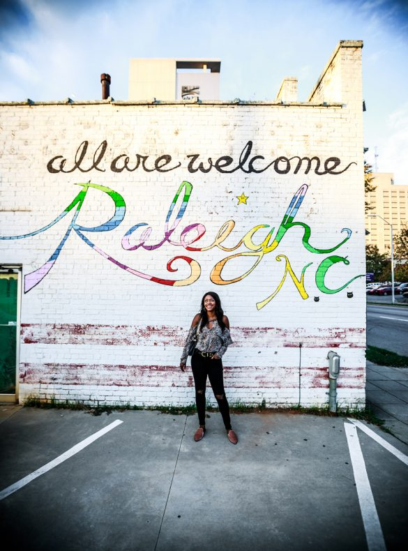 Raleigh Mural Poole's Diner - Raleigh Travel Guide by popular DC travel blogger Alicia Tenise
