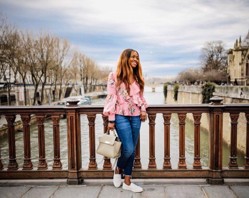 5 Paris Tourist Traps to Avoid by popular travel blogger Alicia Tenise