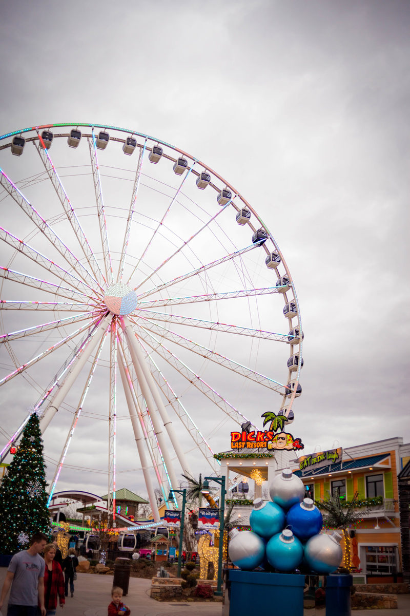 Things to Do in Pigeon Forge by popular travel blogger Alicia Tenise