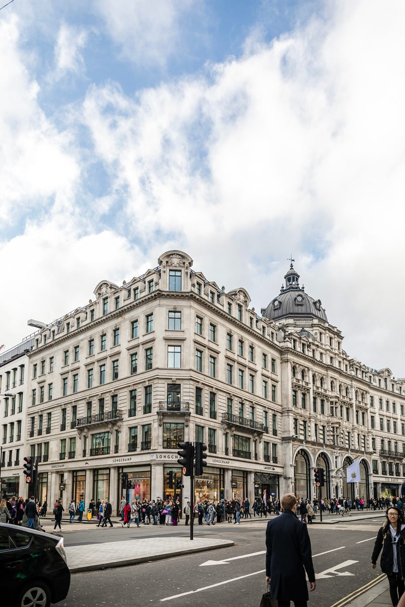 Mayfair London - 12 Hours in London by popular DC travel blogger, Alicia Tenise