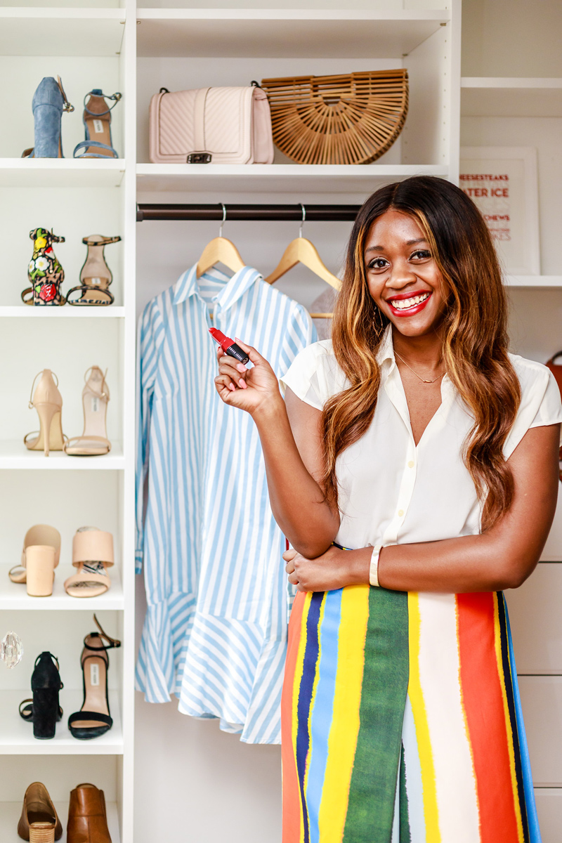Small closet organization tips by popular DC style blogger Alicia Tenise