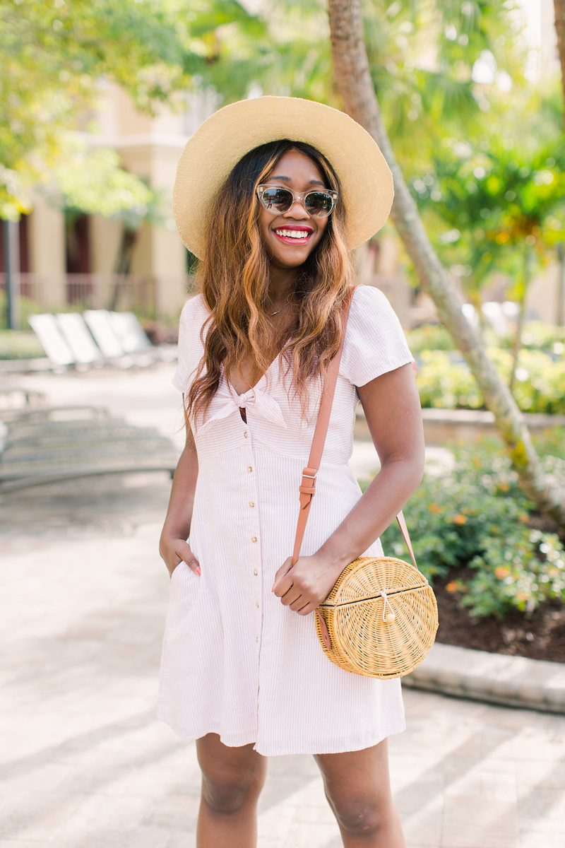 Abercrombie Knot Front Dress - Summer Wardrobe Essentials featured by popular DC style blogger, Alicia Tenise