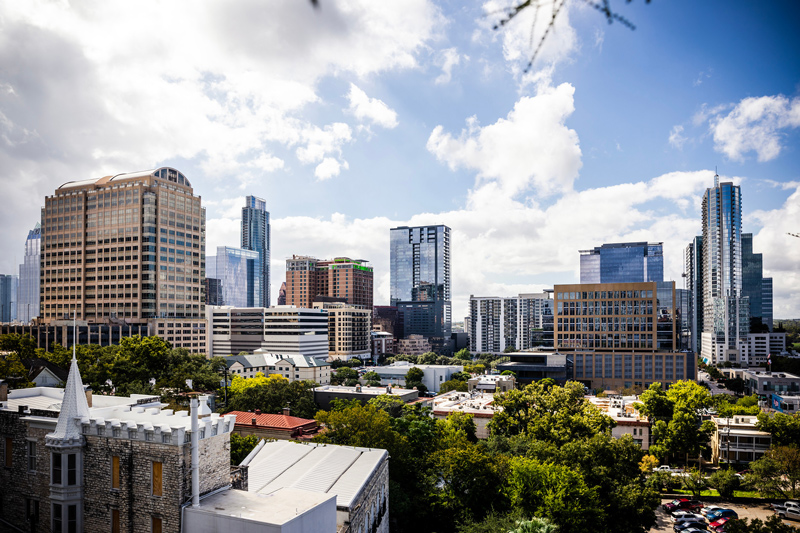 Downtown Austin | The Ultimate Guide of Things to Do in Austin TX featured by top Virginia travel blog Alicia Tenise