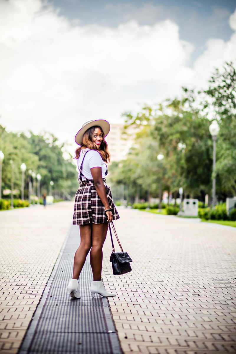How to Style a Plaid Dress for Fall | The Perfect Indian Summer Outfit featured by top Virginia style blog Alicia Tenise