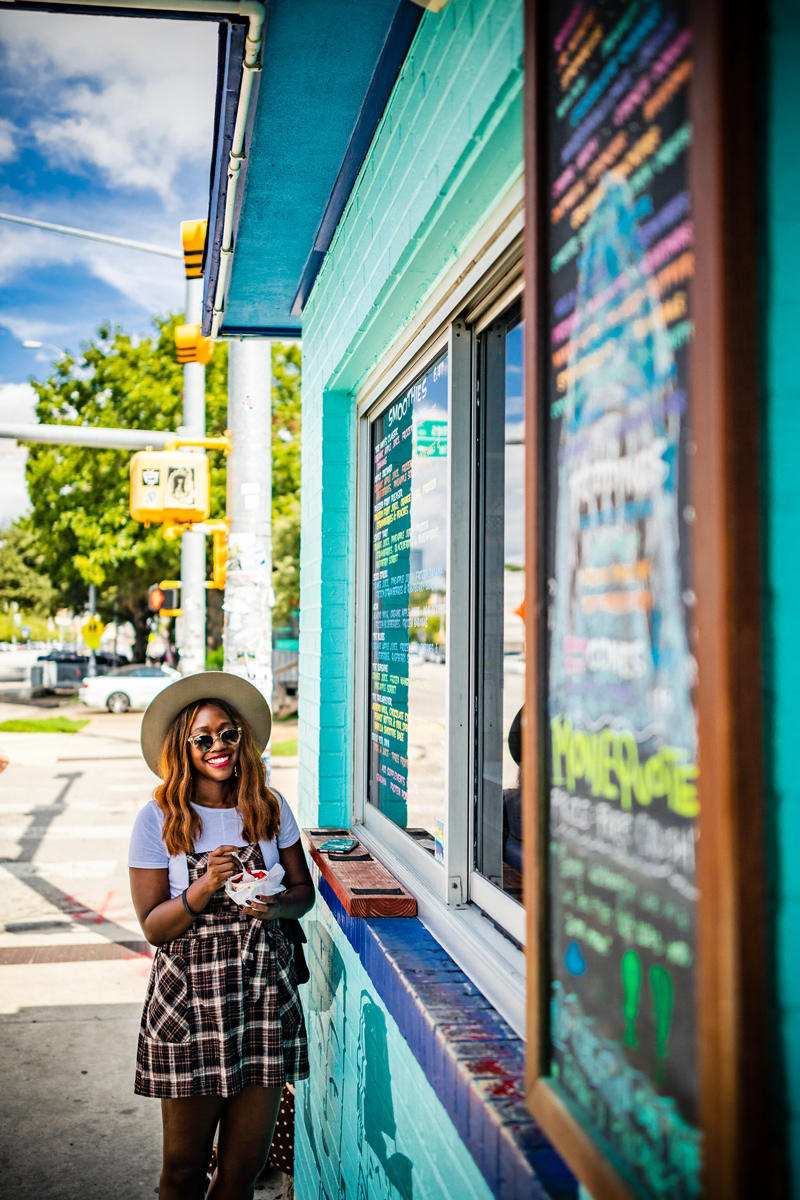 Amy's Ice Creams | The Ultimate Guide of Things to Do in Austin TX featured by top Virginia travel blog Alicia Tenise