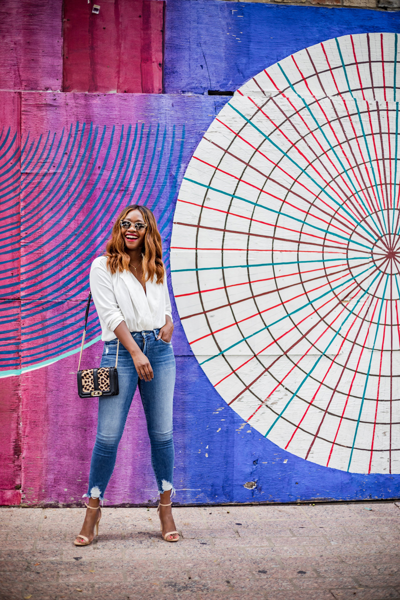 High Waisted Cropped Distressed Denim, Steve Madden Stecy Heel, Austin Mural | South Moon Under Denim Sale | The Best Thing You Can Do For This Country Right Now -- Register to Vote featured by top Virginia lifestyle blog Alicia Tenise
