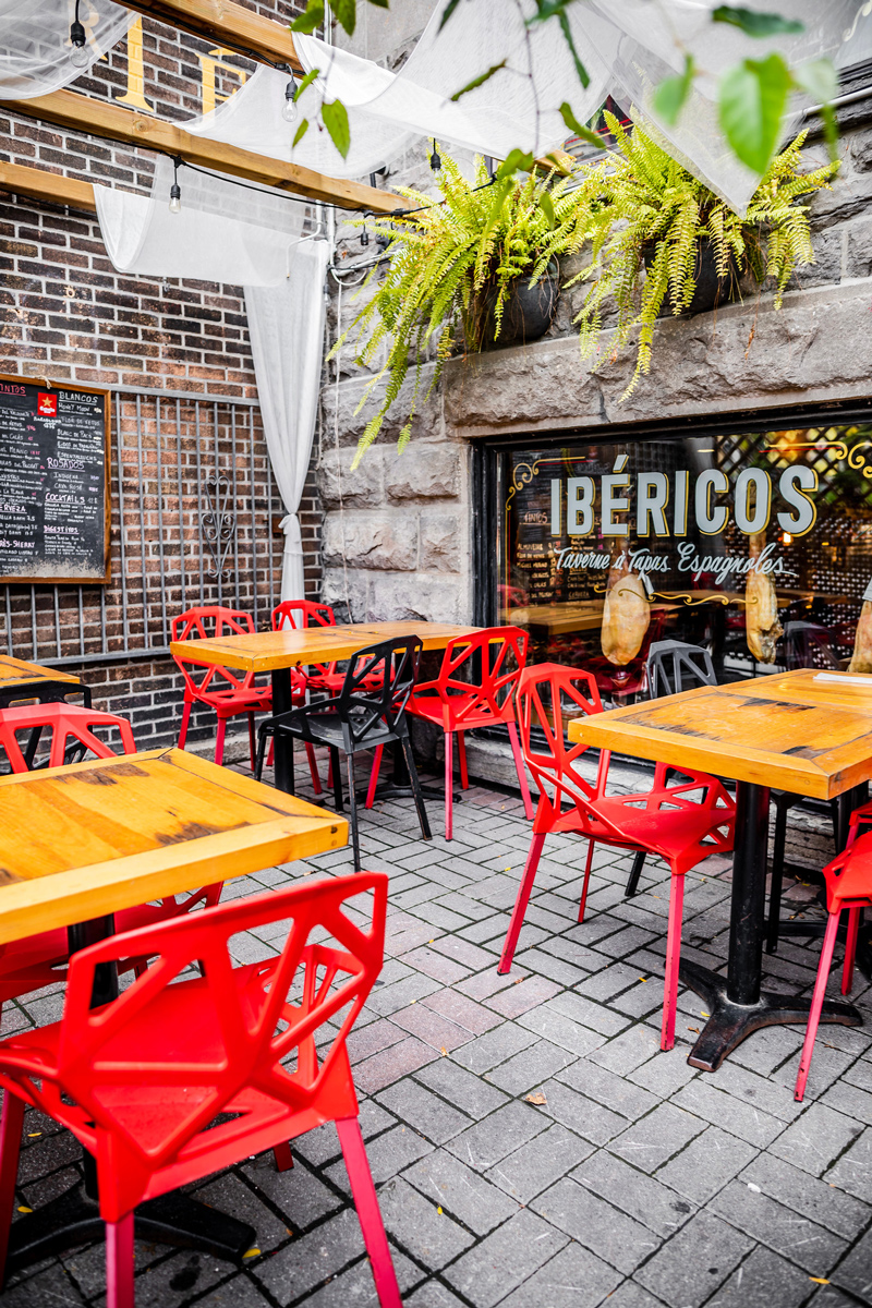 Ibéricos Taverne à Tapas Espagnoles | The Ultimate Guide to Montreal featured by top Virginia travel blogger Alicia Tenise