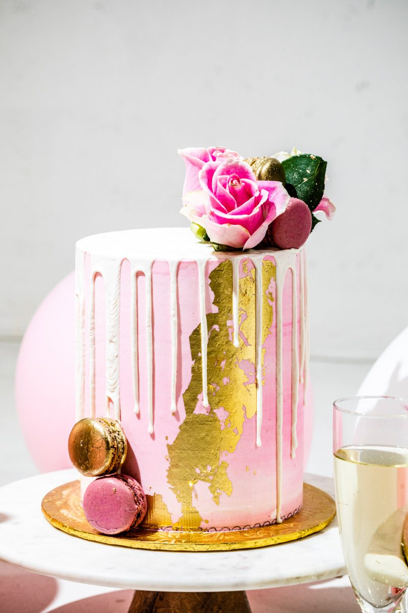 Turning 30 by popular lifestyle blogger, Alicia Tenise: image of a Maliha Creations cake on a Target Marble & Acacia Cake Stand.
