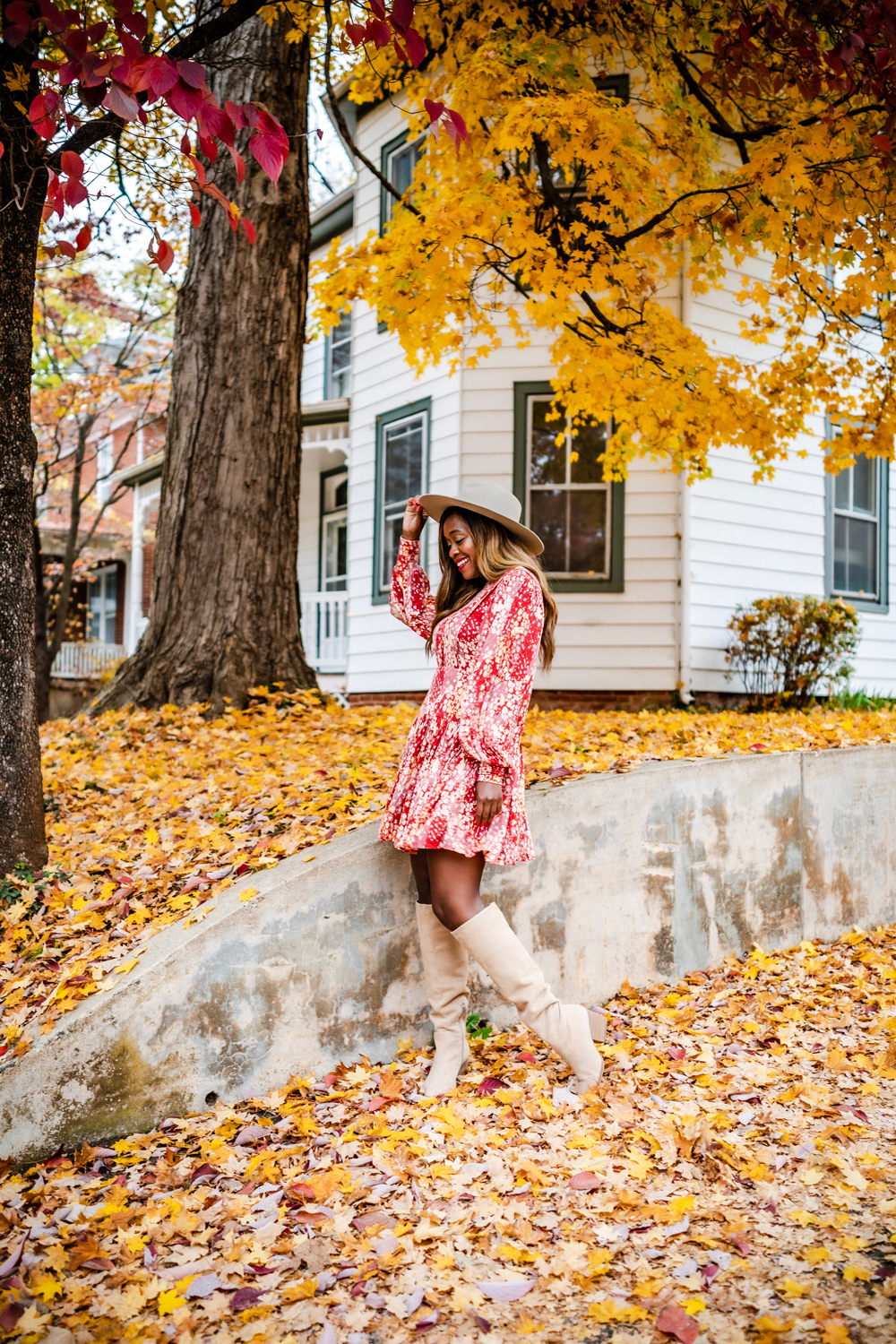 Fall Travel Bucket List featured by top US travel blogger, Alicia Tenise